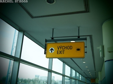 praha prague airport exit sign arrival international