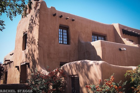 santa fe new mexico museum adobe building